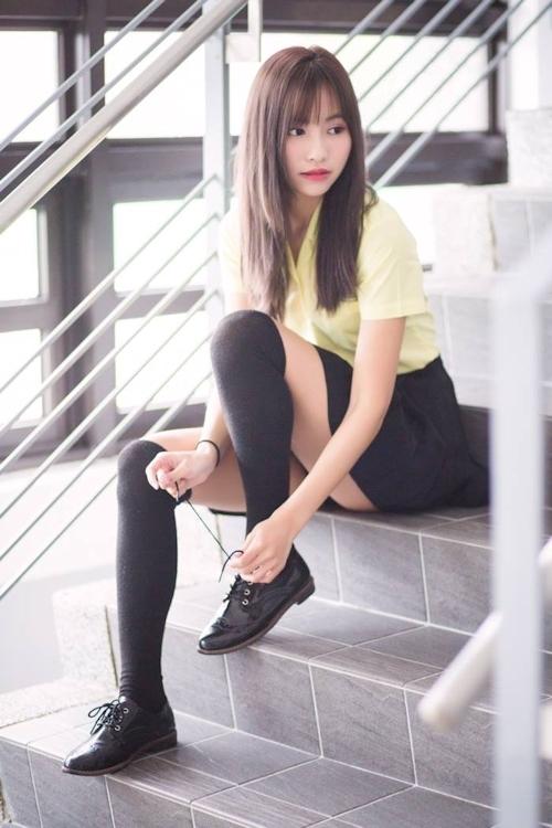 台湾の美少女JKの制服画像 18