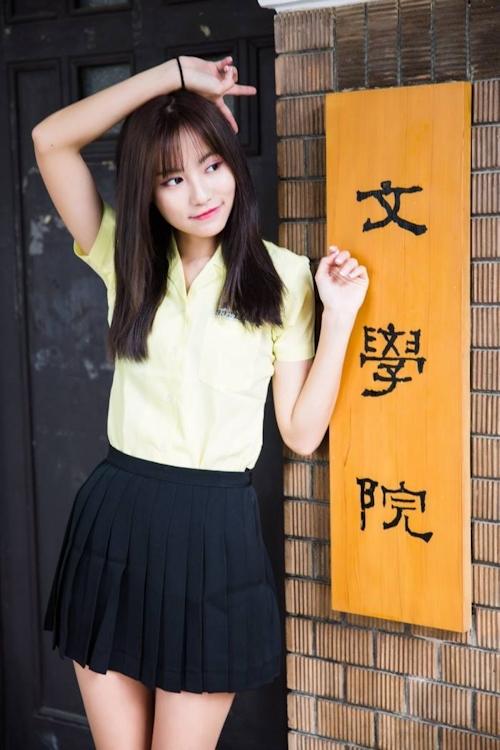 台湾の美少女JKの制服画像 22