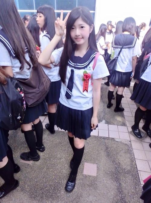 台湾の美少女JKの制服画像 36