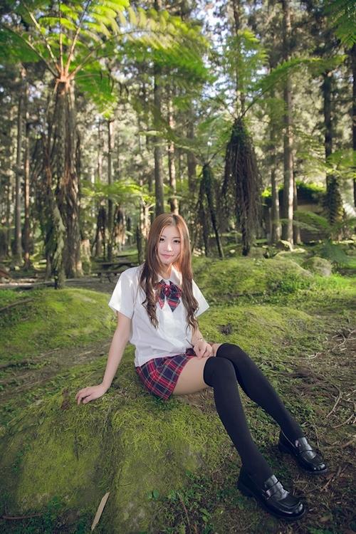 台湾の美少女JKの制服画像 39