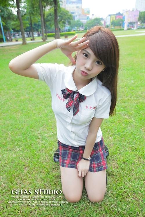 台湾の美少女JKの制服画像 40