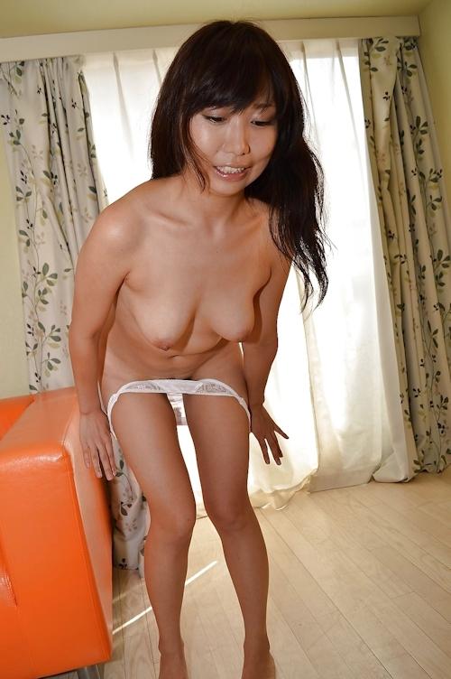 美人妻のシャワーシーン&ヌード画像 5