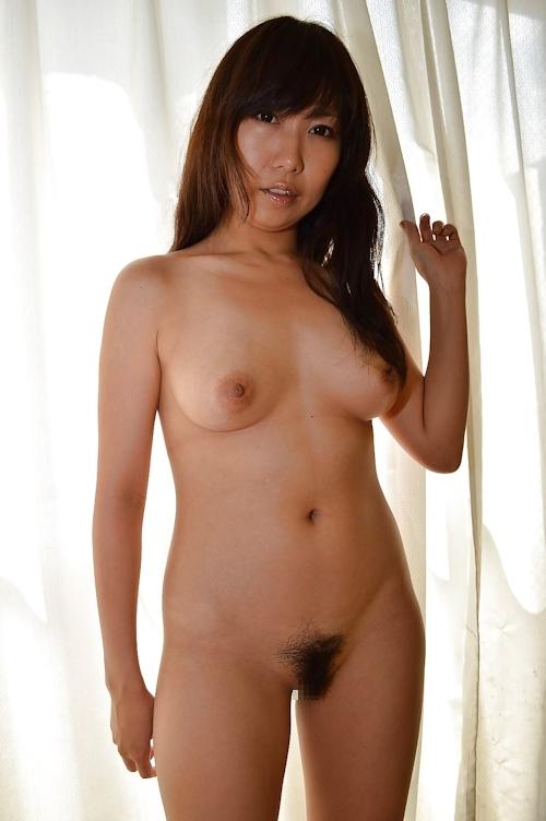 美人妻のシャワーシーン&ヌード画像 12
