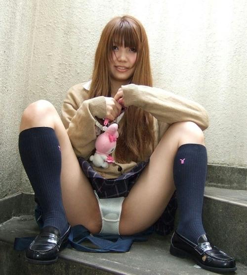 美少女JKのセクシー画像 22