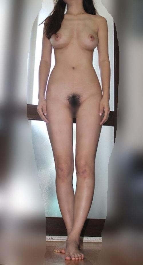 美巨乳なアジア系素人女性のヌード画像 8