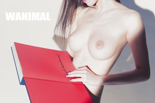 美乳な中国美女のヌード画像 14