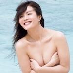 「スッキリ!!」 美人レポーター 阿部桃子 セクシーセミヌードグラビア画像