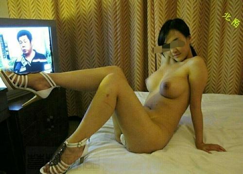 中国の美人巨乳風俗嬢のヌード&オナニー画像 5