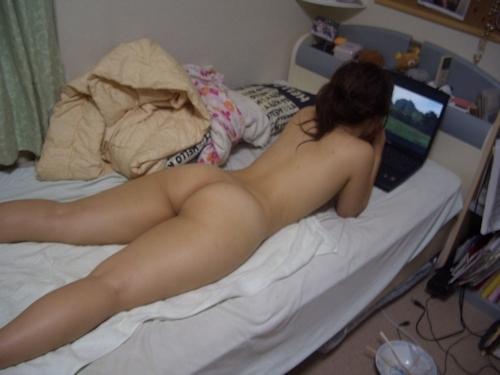生活感のあるセクシー画像 23