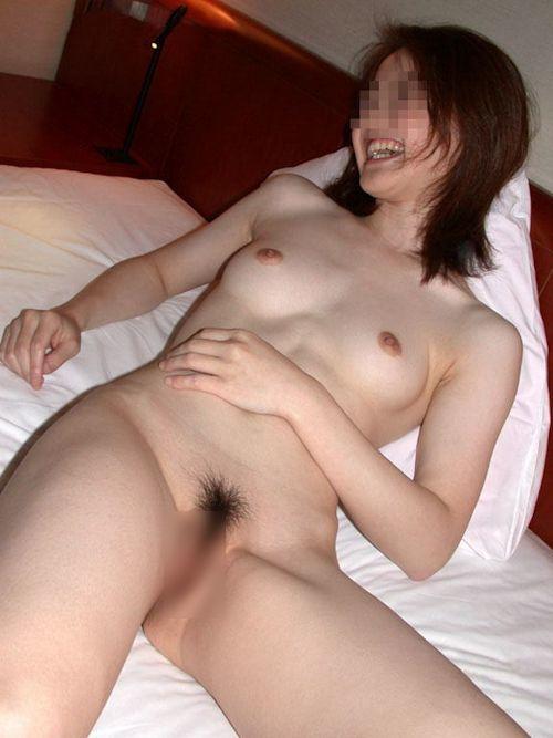 ホテルで撮影した素人女性のヌード画像 28