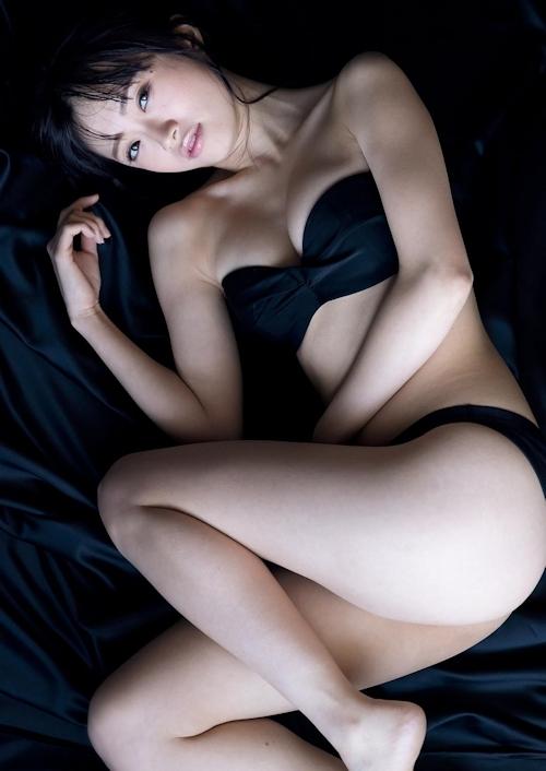 NGT48 中井りか セクシーグラビア画像 2