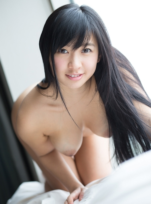 小倉奈々 セクシーヌード画像 14