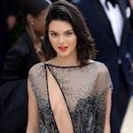 アメリカ美女モデル Kendall Jenner(ケンダル・ジェンナー)がメットガラでシースルードレス