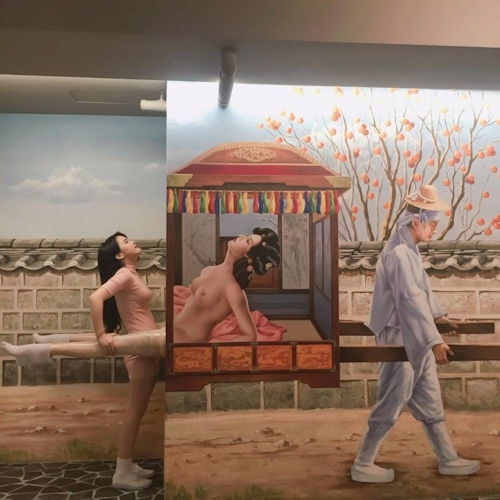 韓国の女の子が性愛美術館(Love Museum)で撮影したユニークなエロ画像 11