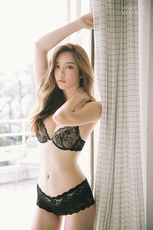 韓国美女モデル Jin Hee セクシーランジェリー画像 3