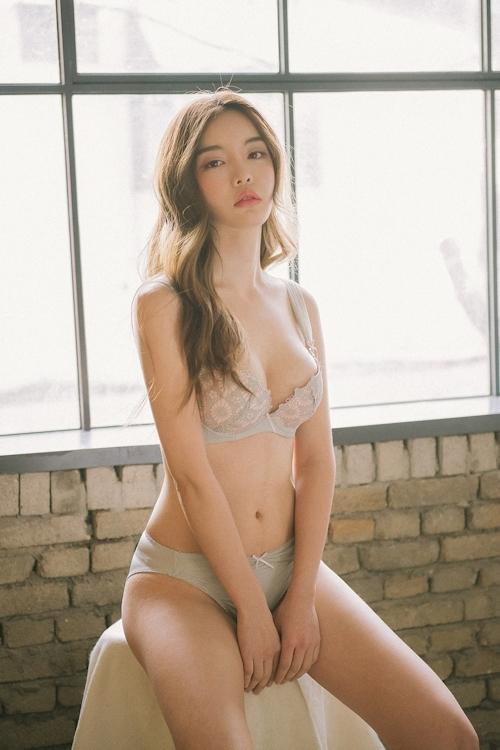 韓国美女モデル Jin Hee セクシーランジェリー画像 7