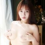 中国巨乳美女モデル 猩一(Xingyi) セクシーセミヌード画像2