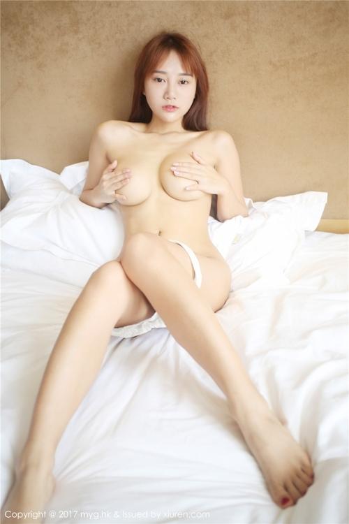 中国巨乳美女モデル 猩一(Xingyi) セクシーセミヌード画像 18