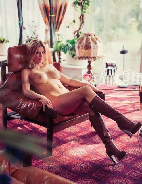 ドイツ女優 Nina Bott(ニーナ・ボット)がPlayboy誌でヌードを披露 8