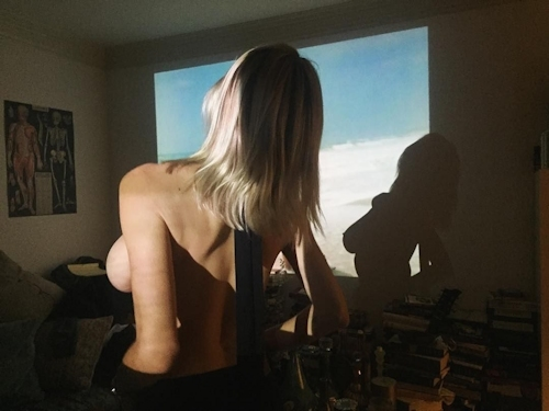 アメリカの歌手&モデル Caroline Vreeland(キャロライン・ヴリーランド)の自分撮りヌード画像が流出 5
