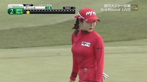 日本で女子プロゴルフの人気が沸騰中 11