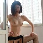 美微乳な中国素人美女のシャワーヌード画像