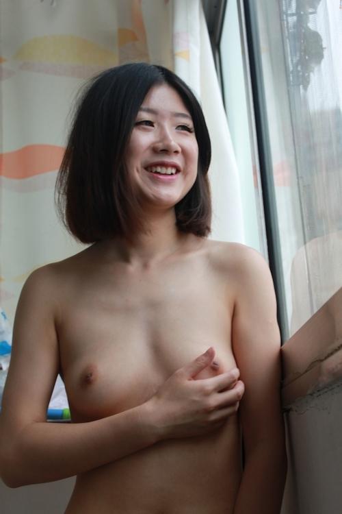 美微乳な中国素人美女のシャワーヌード画像 6