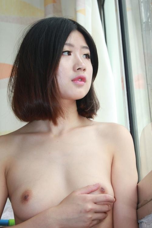 美微乳な中国素人美女のシャワーヌード画像 7