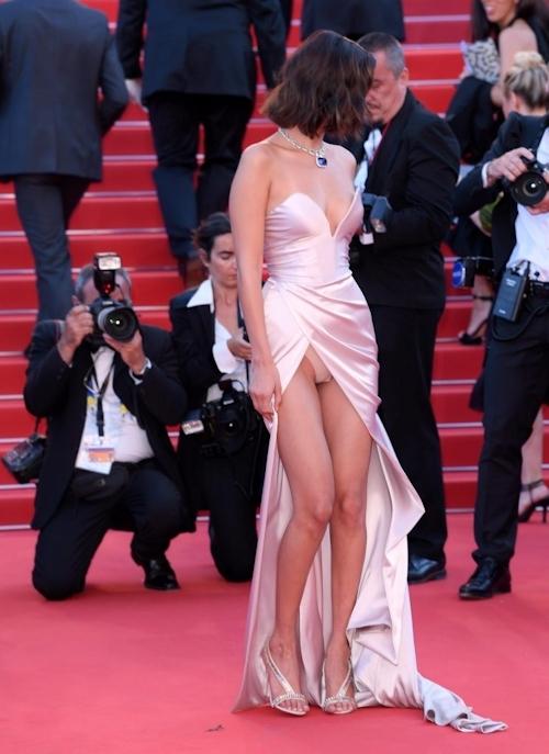 Bella Hadid(ベラ・ハディッド)がカンヌでセクシードレス&パンチラ  1