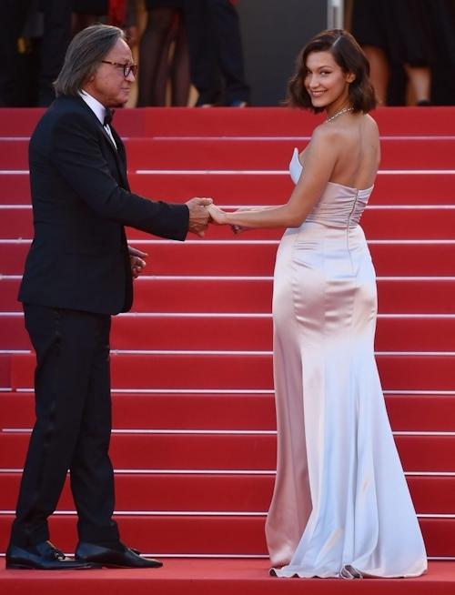 Bella Hadid(ベラ・ハディッド)がカンヌでセクシードレス&パンチラ  4