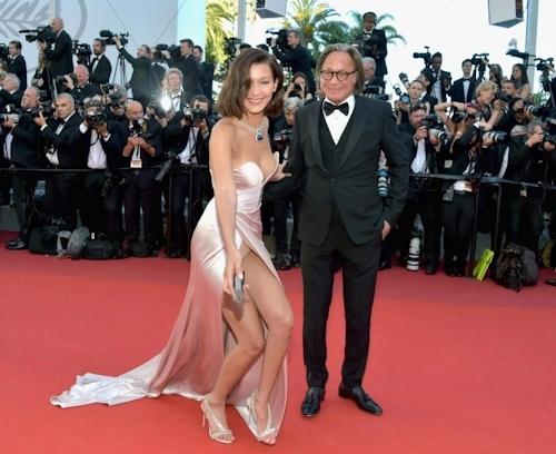 Bella Hadid(ベラ・ハディッド)がカンヌでセクシードレス&パンチラ  6