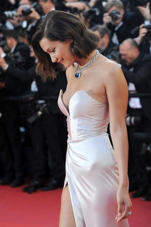 Bella Hadid(ベラ・ハディッド)がカンヌでセクシードレス&パンチラ  7