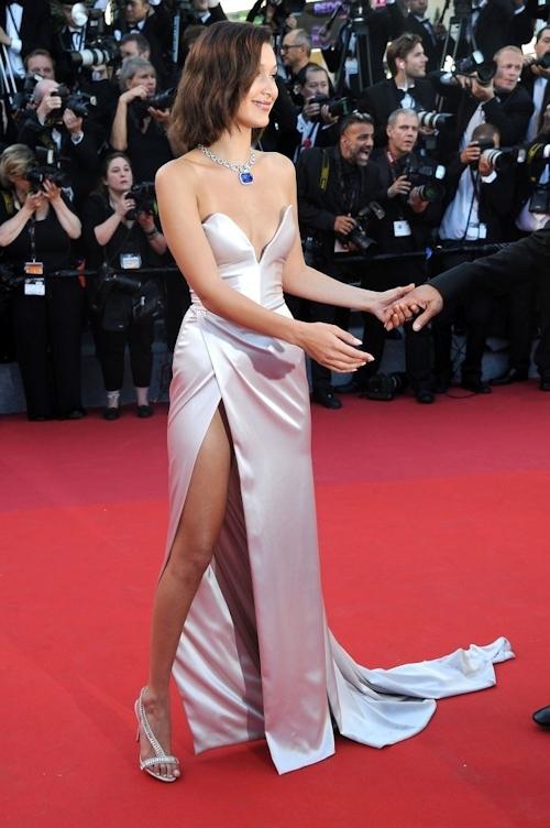 Bella Hadid(ベラ・ハディッド)がカンヌでセクシードレス&パンチラ  10