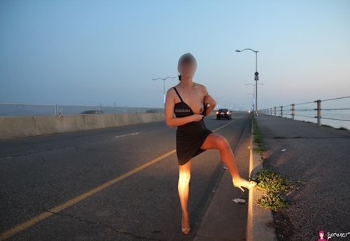韓国素人女性の野外露出ヌード画像 10