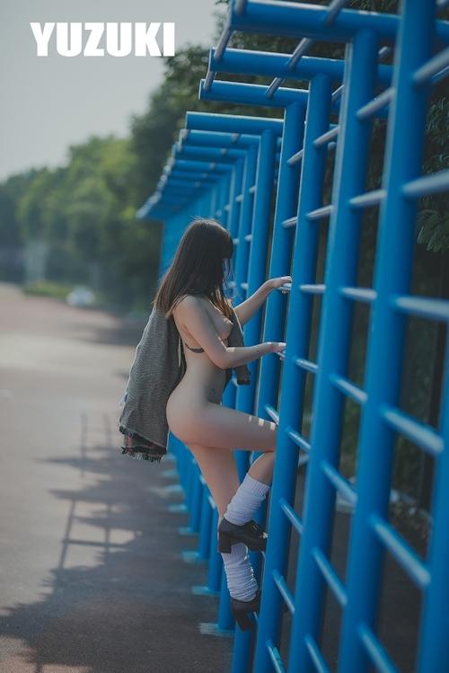 アジアン美乳美少女 YUZUKI セクシーヌード画像 4
