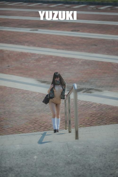 アジアン美乳美少女 YUZUKI セクシーヌード画像 10