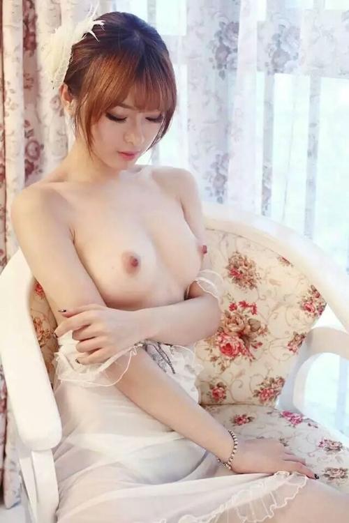 中国美女モデルのヌード画像 1