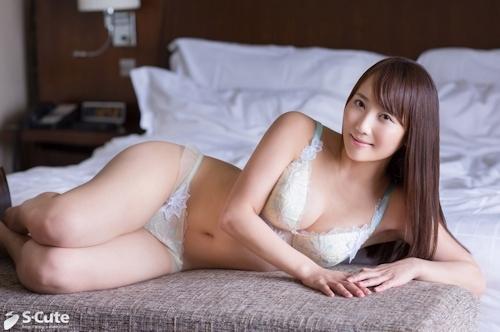 Hカップ巨乳美女 まお セックス画像 3