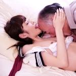 """女子高生に""""裏オプ""""で性的なサービスをさせていた大阪「なにわ学園お散歩部」摘発"""