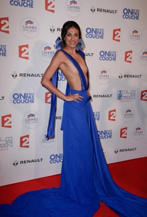 女優 Abigail Lopez(アビゲイル・ロペス)がカンヌ映画祭でモロ乳首出しドレス 5