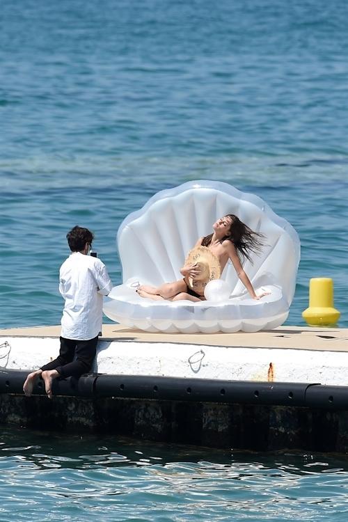 イタリアモデル Bianca Balti(ビアンカ・バルティ)のパパラッチされたトップレス画像 3