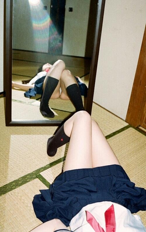 JK制服の美少女のヌード画像 2