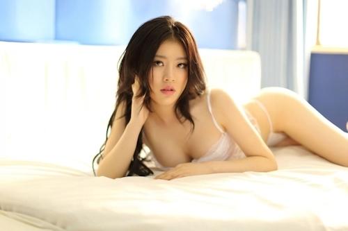 中国美女モデル 伊甸园(Yidianyuan/エデン)のセクシーヌード画像 2