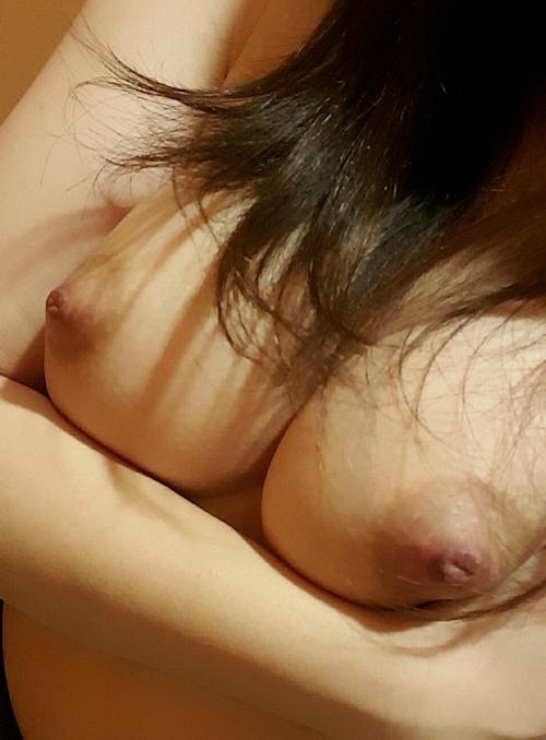 Gカップ美巨乳の素人女性の自分撮りヌード画像 8