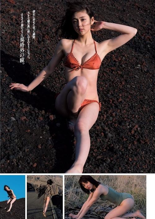 山谷花純 セクシーグラビア画像 3