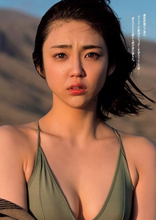 山谷花純 セクシーグラビア画像 6