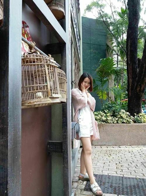 スレンダー微乳な中国の素人美女の自分撮りヌード画像 5