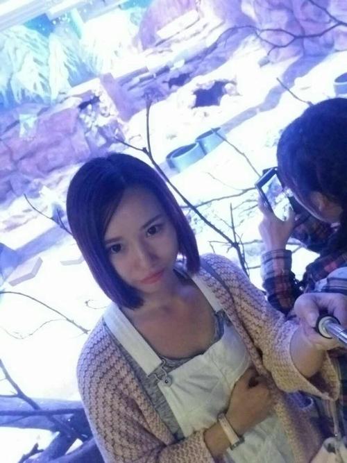 スレンダー微乳な中国の素人美女の自分撮りヌード画像 6