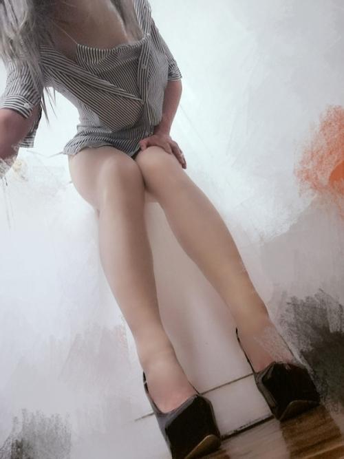 巨乳なアジアン極上美女のマ○コ自分撮りヌード画像? 4