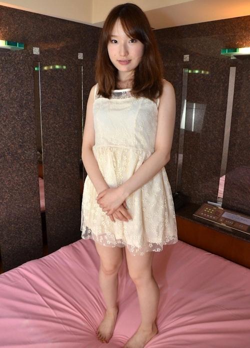 日本の素人美女をホテルで撮影したヌード画像 1